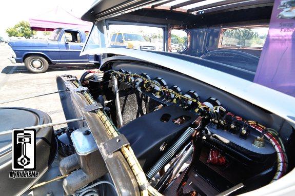 custom gauge wiring,2013 LA Roadster Show