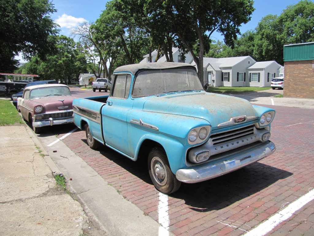 1958 Chevy Apache, chevy trucks