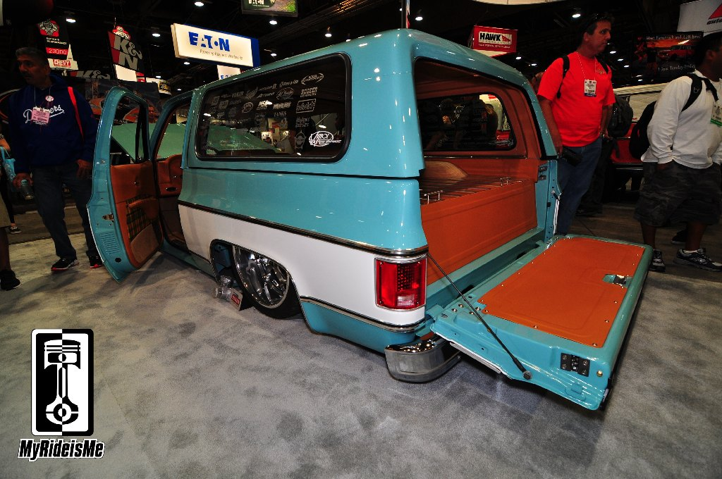 Custom trucks, 1987 GMC Jimmy, air ride truck, SEMA Show 2013