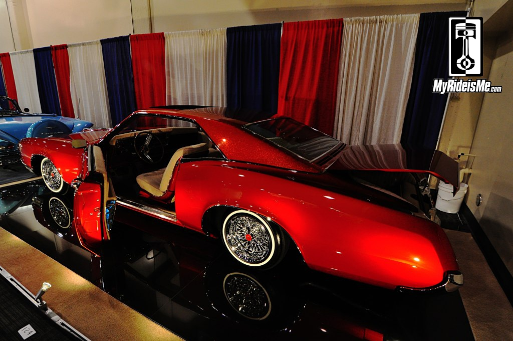 Custom 1967 Buick Riviera, metal flake paint, custom lowriders, Grand National Roadster Show