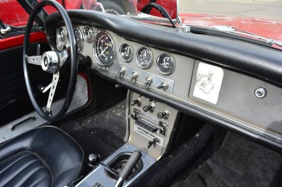 1967 Datsun Roadster, Roadster Roadtrip, Datsun roadster dash