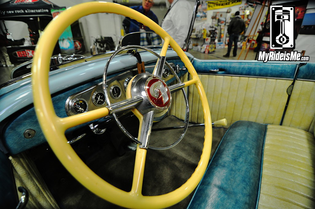 "2014 Detroit Autorama Basement, Hot Rod pictures, 1932 Ford ""Street Roadster"" steering wheel"