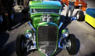 Cute, Cool and Hot at 2011 Viva Las Vegas Car Show