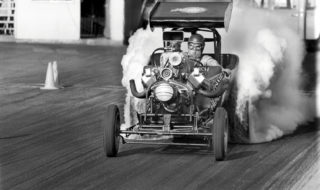 Speedseekers Photobook: Vintage Drags & More – Book Review