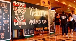 Gettin' Girlie at Viva Las Vegas