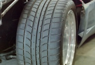 315/35ZR17 tires
