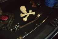 Dead mans chest, Short and Long sword, 1 Pound Cannon Ghost Ship